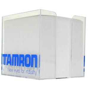 Marketing Tamron MKT Box s pozn�mkov�mi pap�ry s logem Tamron